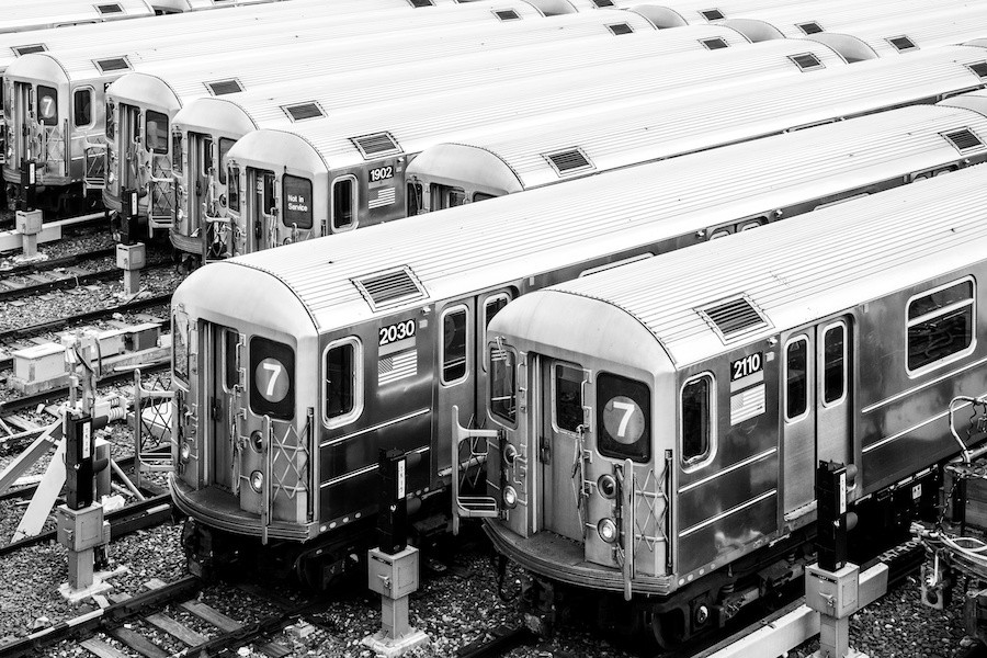 AdobeStock_Queens7Train