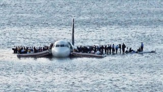 Capt. Sully Sullenberger on Crisis Leadership (Revisited)